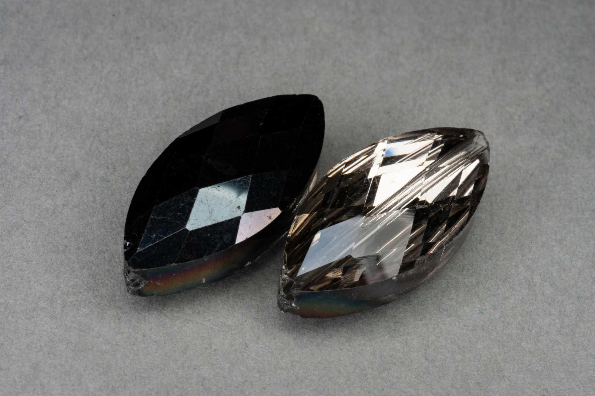 Metallic Black/Silver Lens Shape Faceted Glass Bead 25x12x7mm