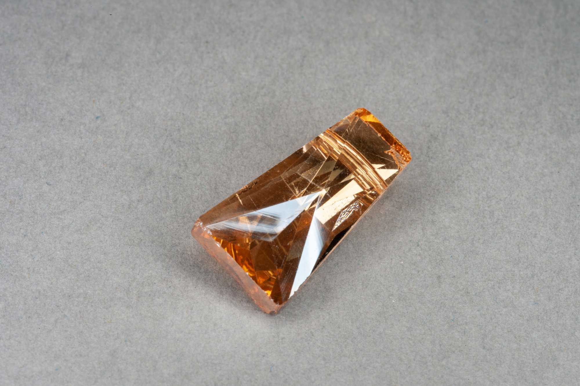 Champagne Trapezium Faceted Glass Bead 20x10x6mm