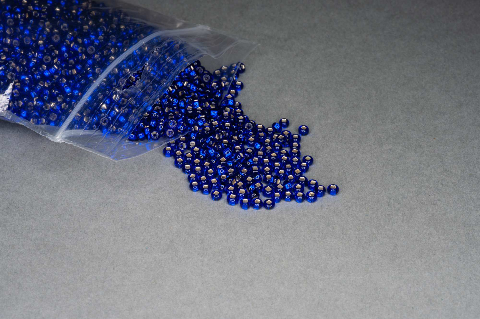 Silver Lined Sapphire Seed Rocaille Glass Beads, 30g