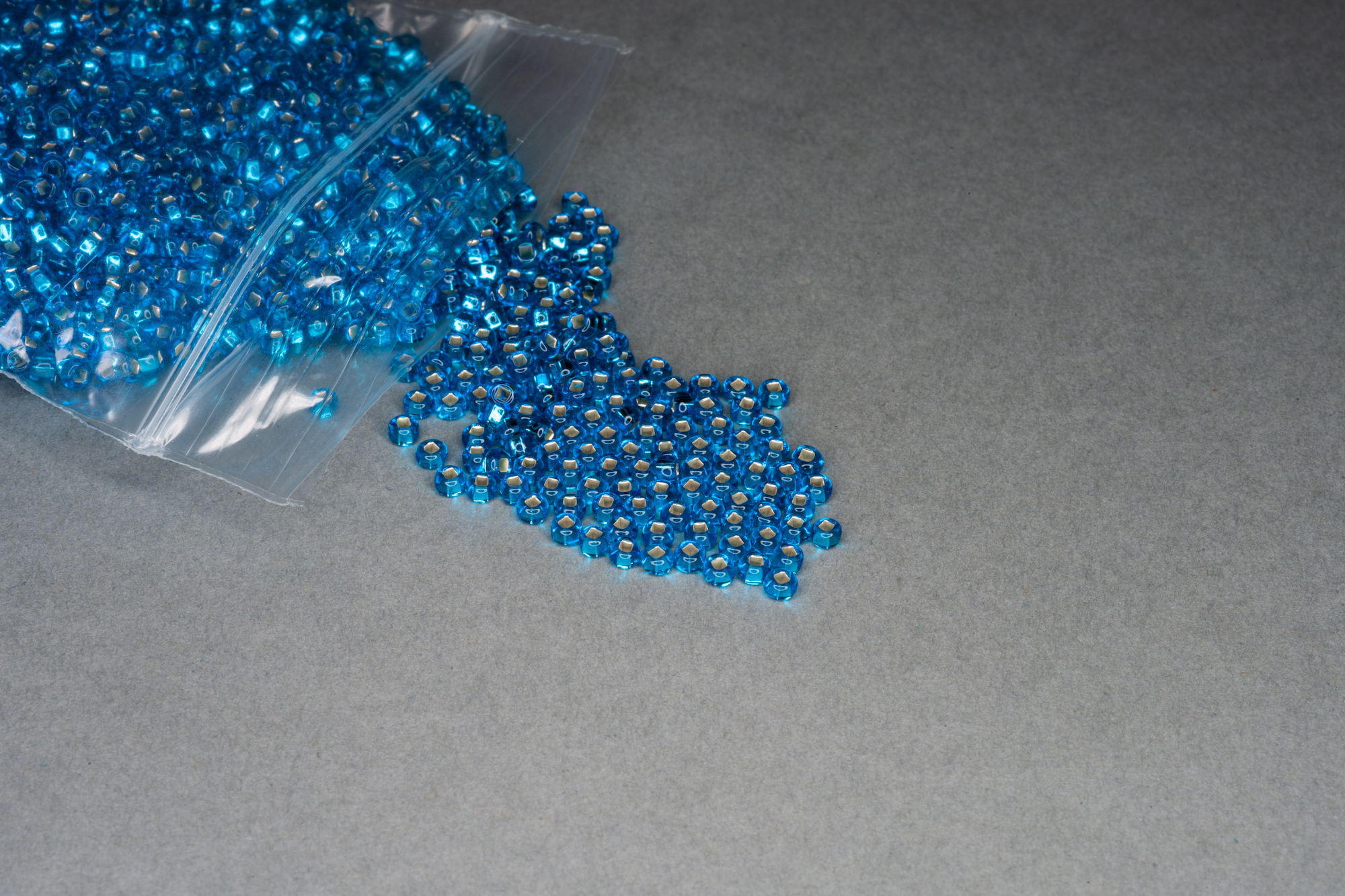 Silver Lined Turquoise Seed Rocaille Glass Beads, 30g