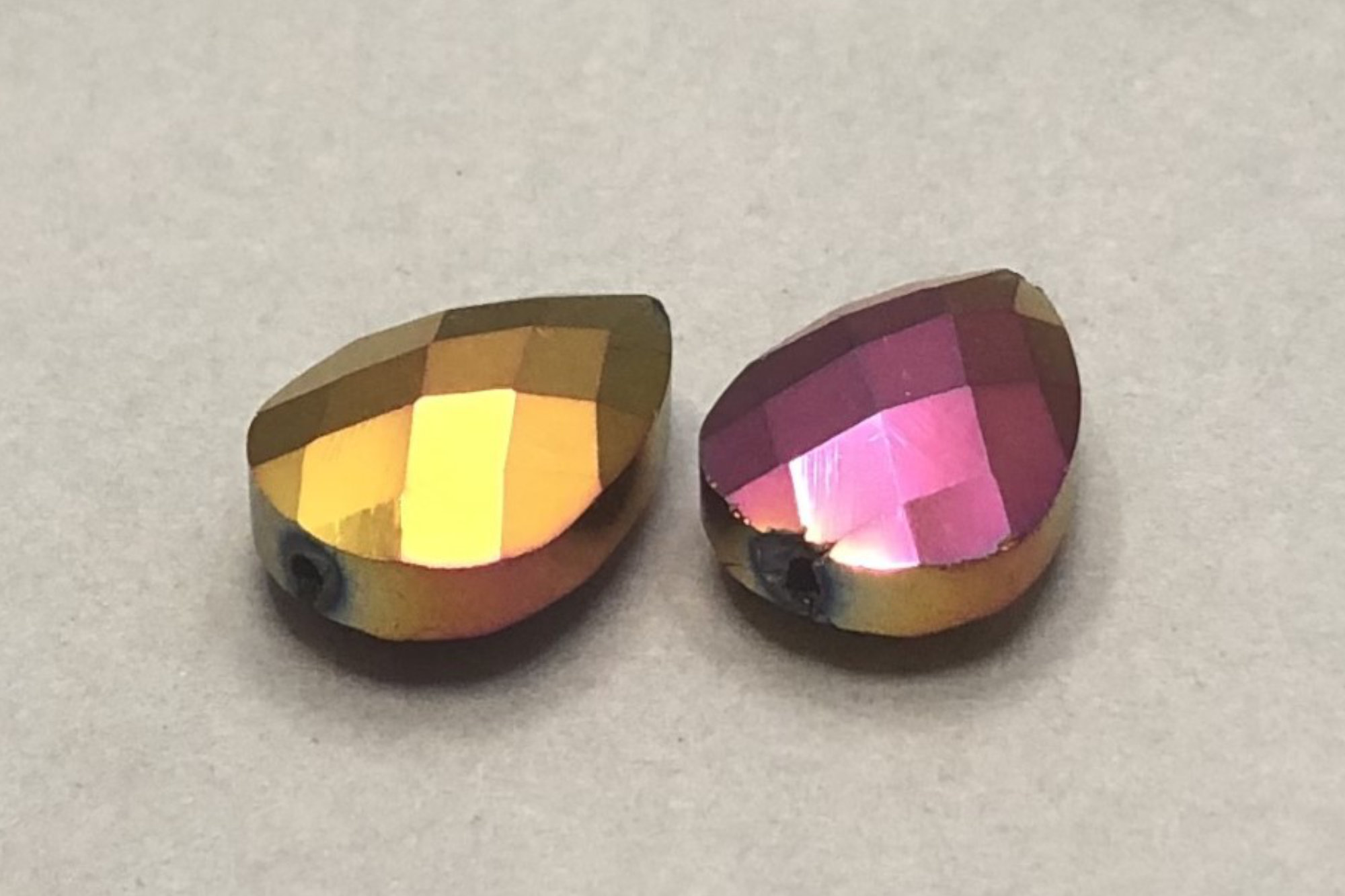 Metallic Pink/Gold Pear Shape Faceted Glass Bead 18x13x8mm