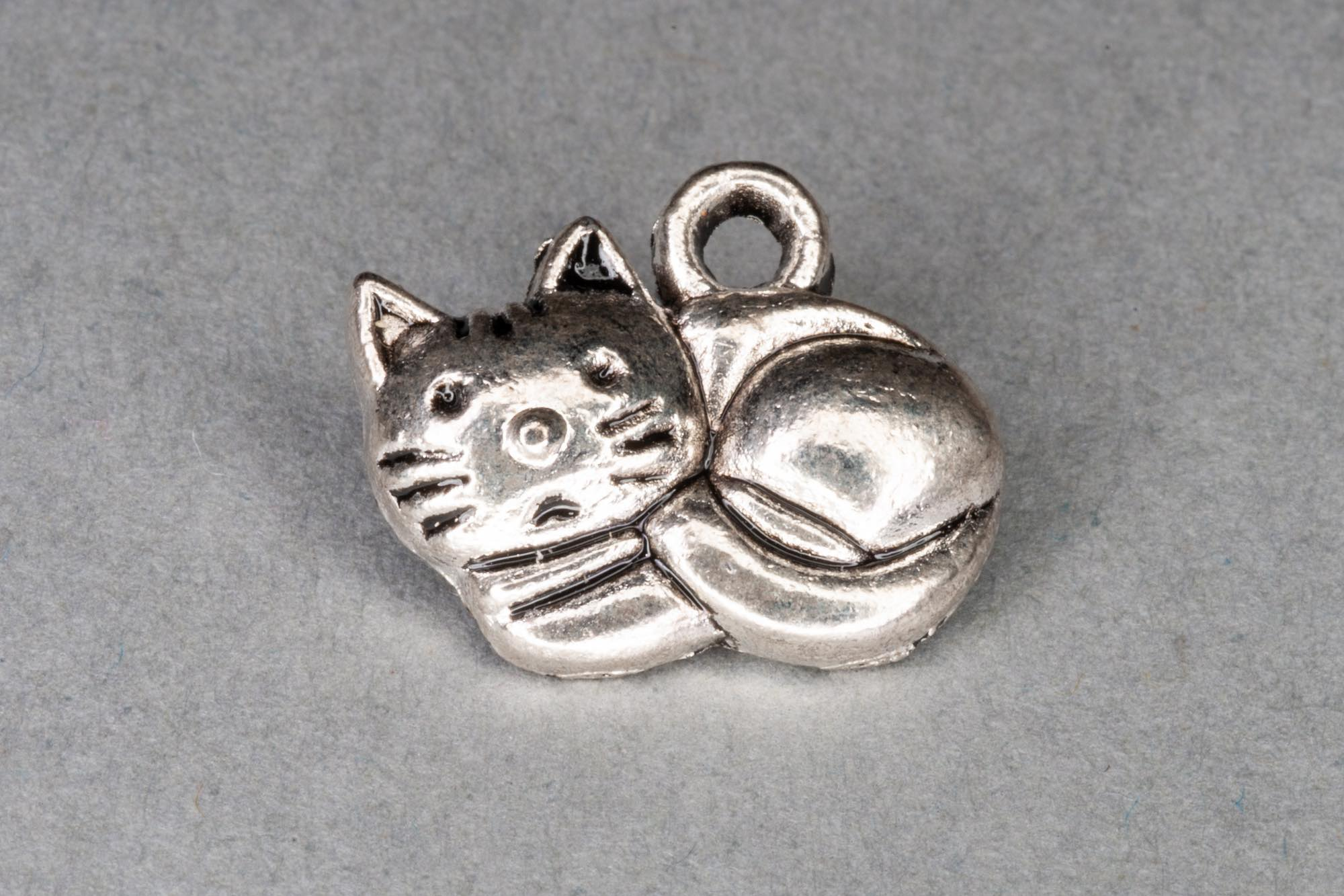 Antique Silver Cat Charm 12x14mm