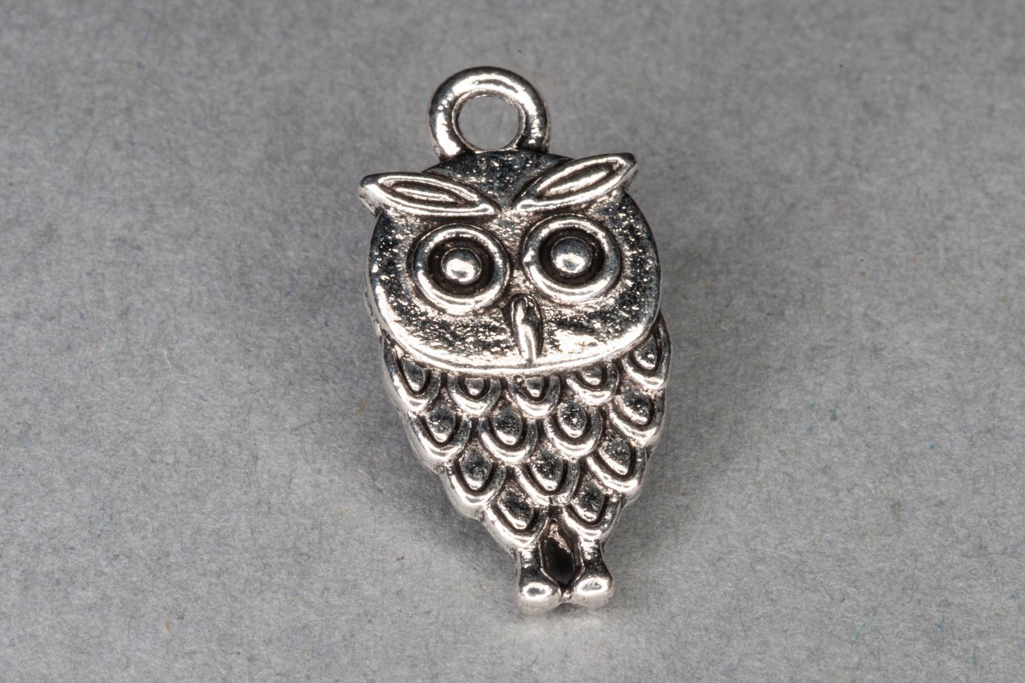 Antique Silver Owl Charm 19x10mm