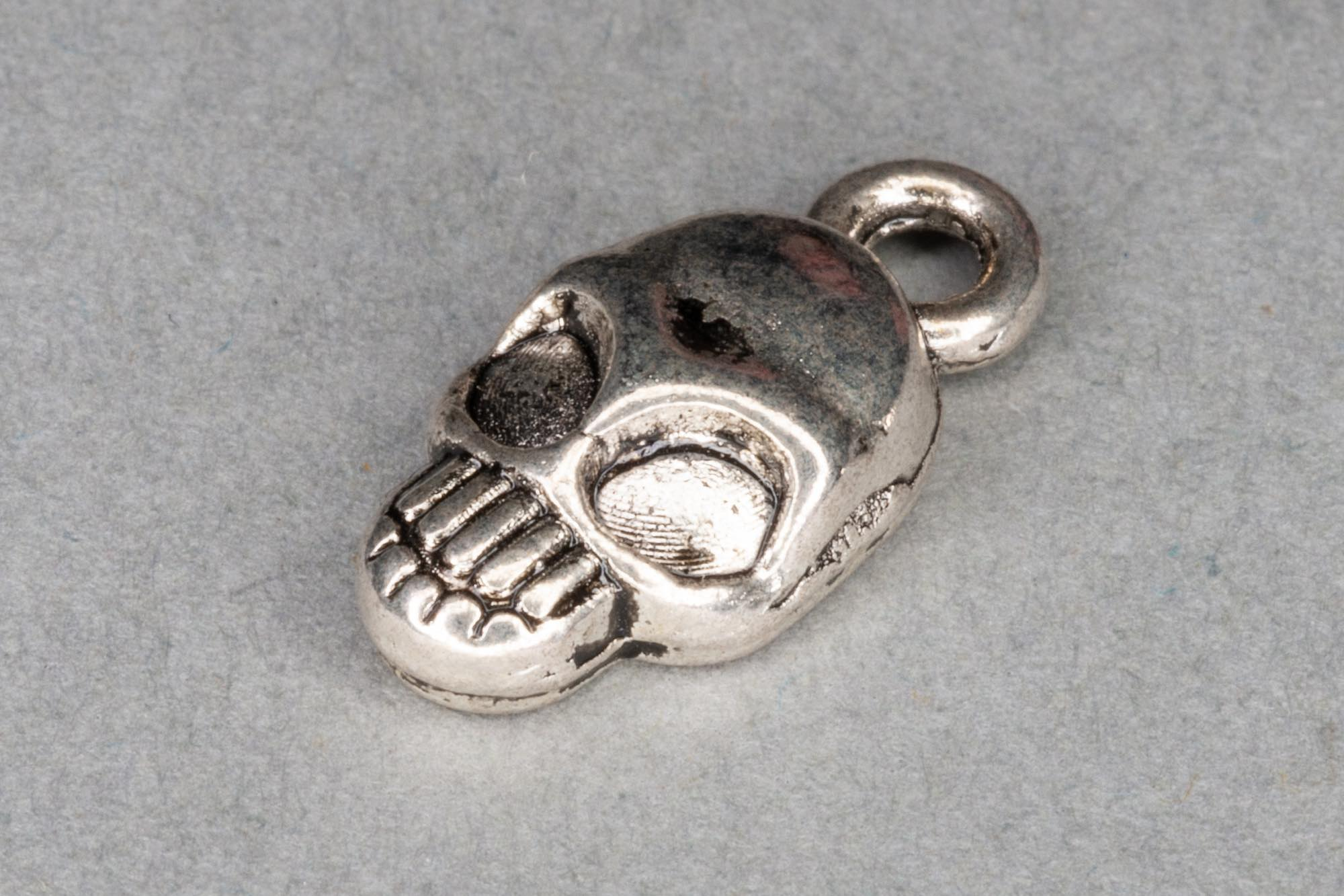 Antique Silver Skull Charm 15x8mm