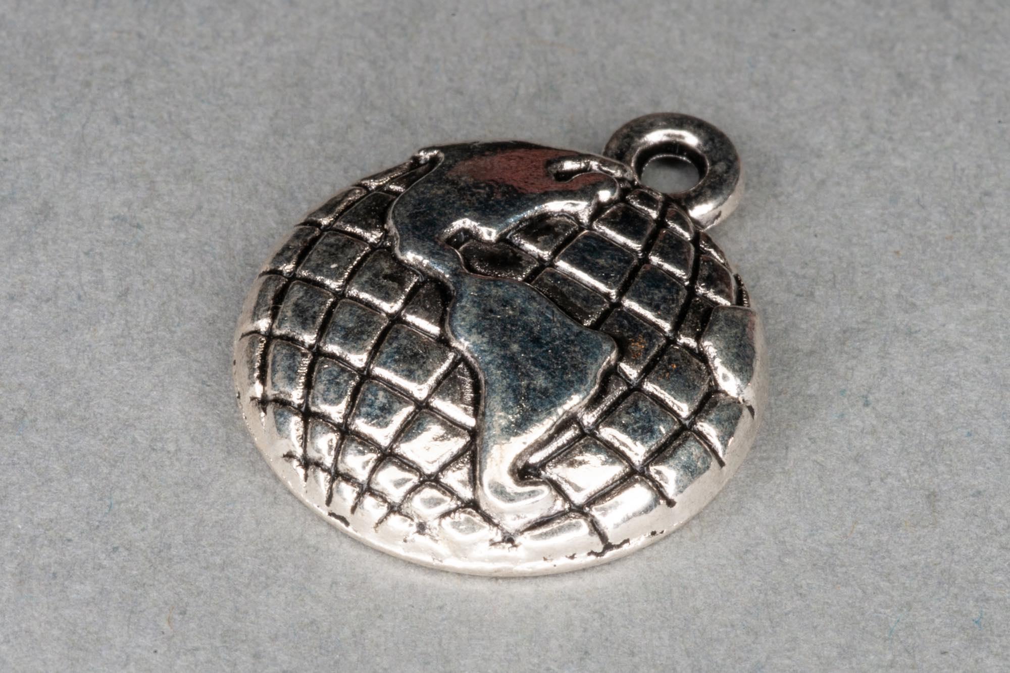 Antique Silver Globe Charm 19x16mm