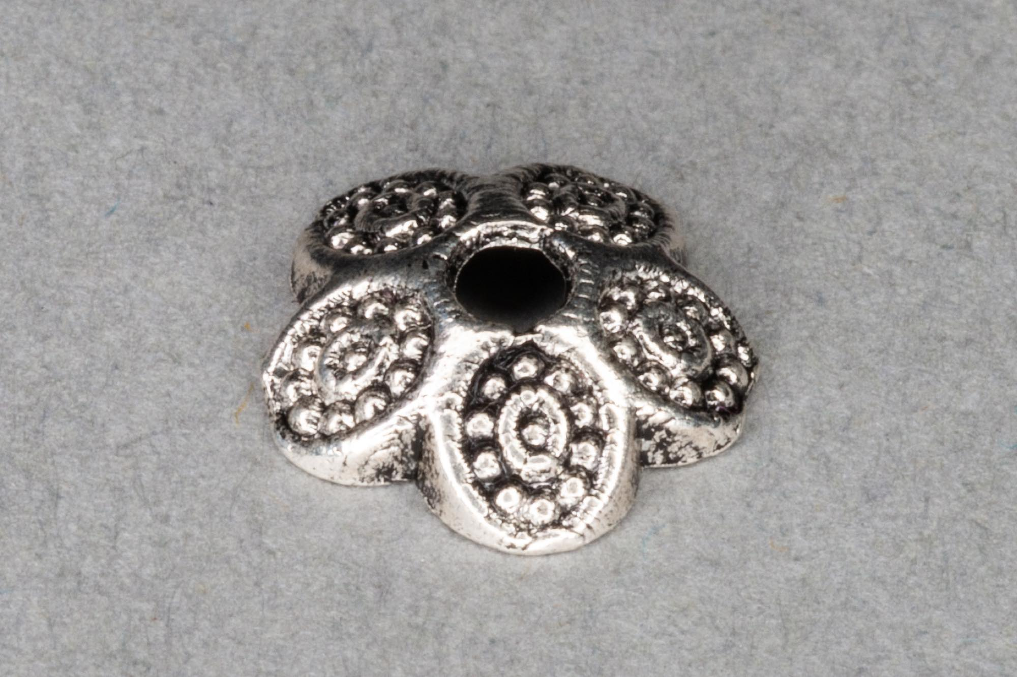 Antique Silver Plated Shallow Bead Ccap 10mm, 1.5mm hole