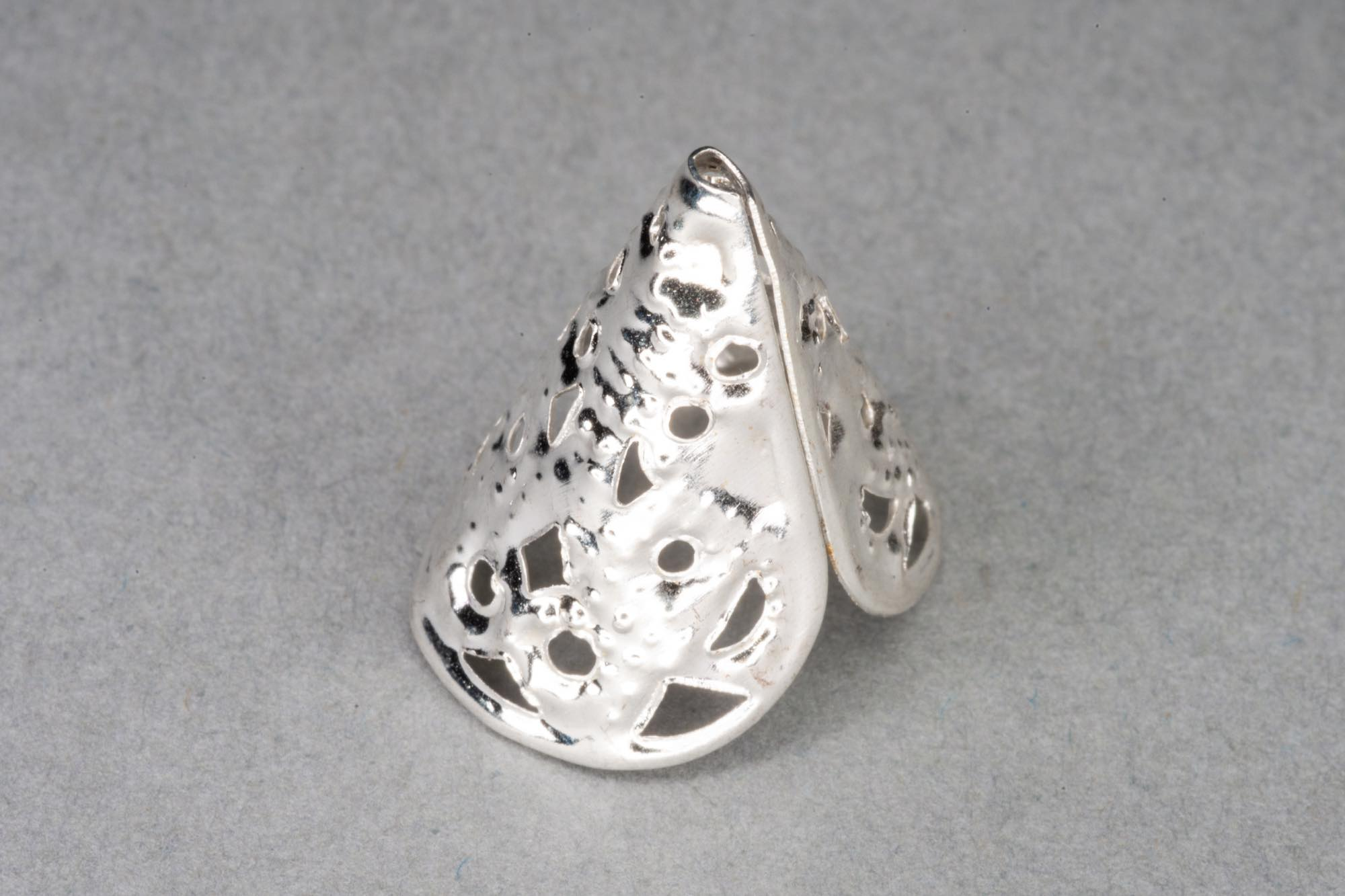 Silver Plated Deep Cone Filigree Bead/End  Cap 18x18x12mm, 0.5mm hole