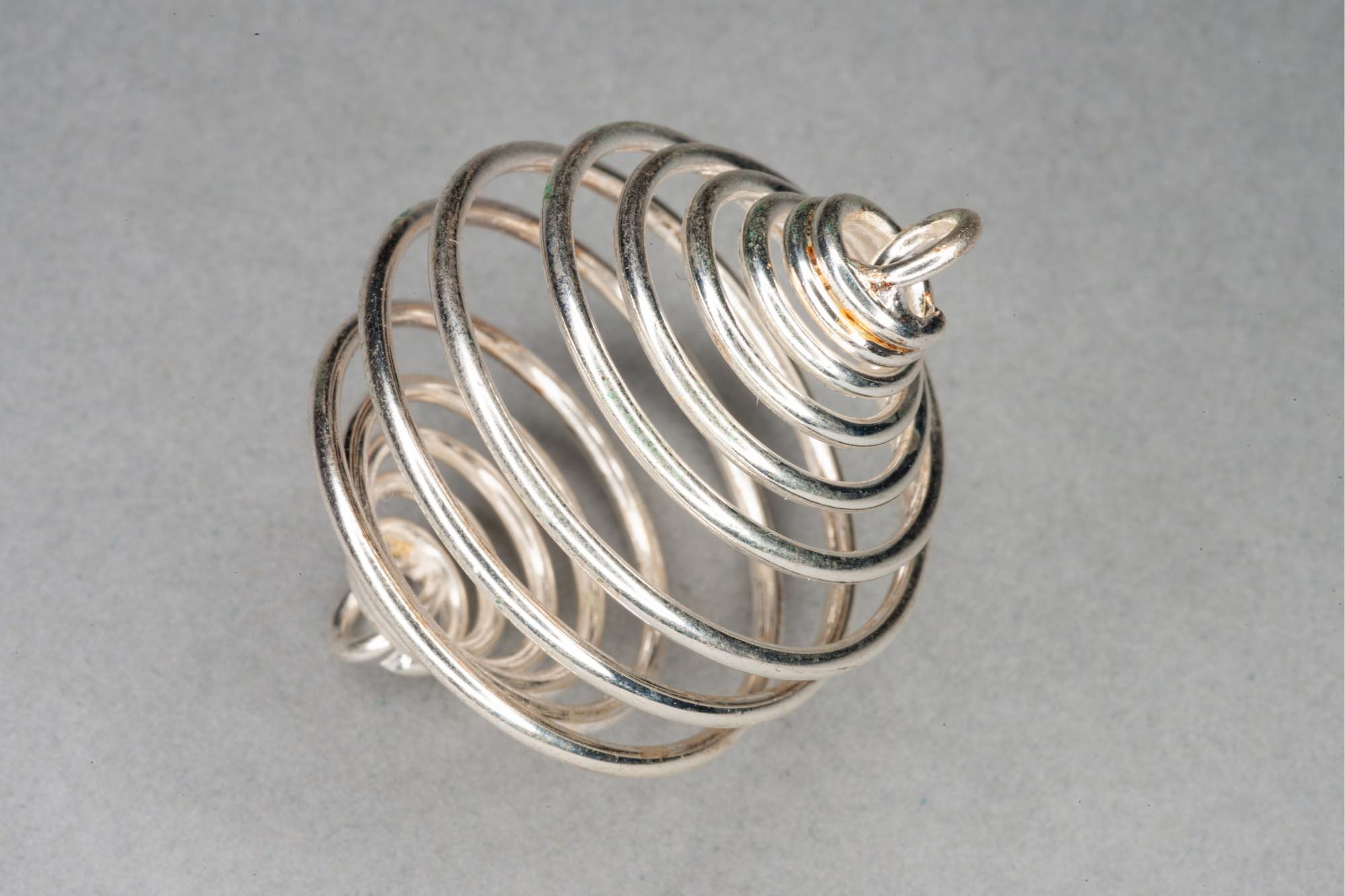 Silver Plated Spiral Metal Cage Bead, 2 End Loops 35x25mm