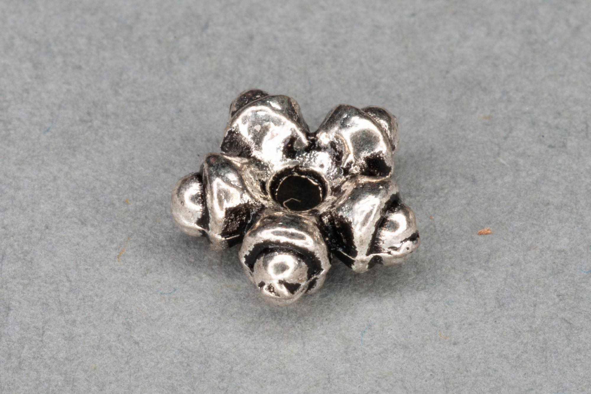 Antique Silver Plated Flat 'Star' Spacer Bead 8x3mm, 1.2mm hole