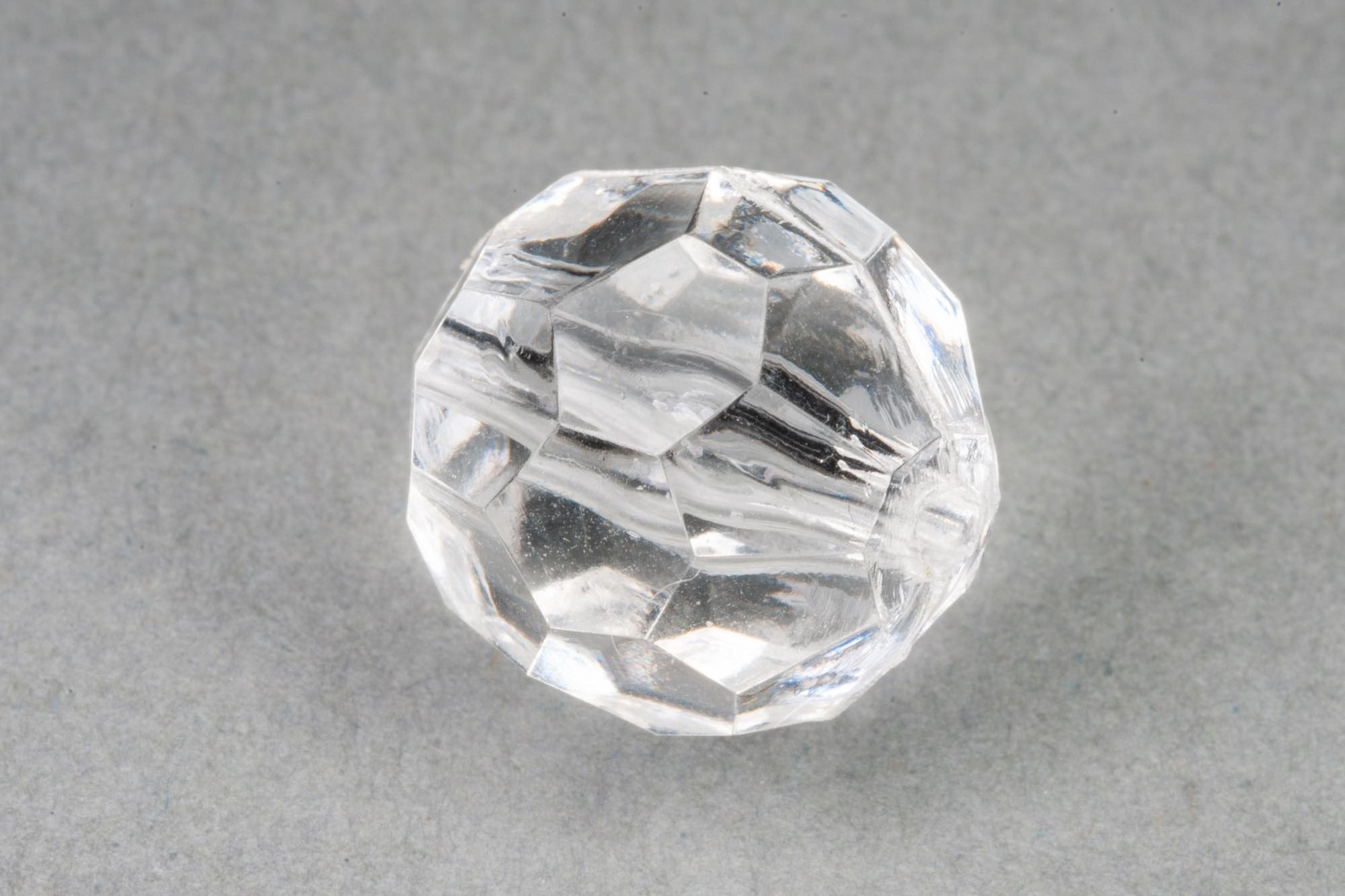 Clear Faceted Transparent Acrylic Bead, 1.5mm hole