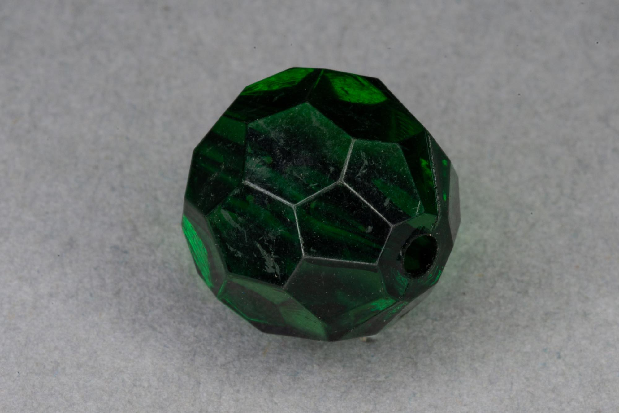 Emerald Faceted Transparent Acrylic Bead, 1.5mm hole