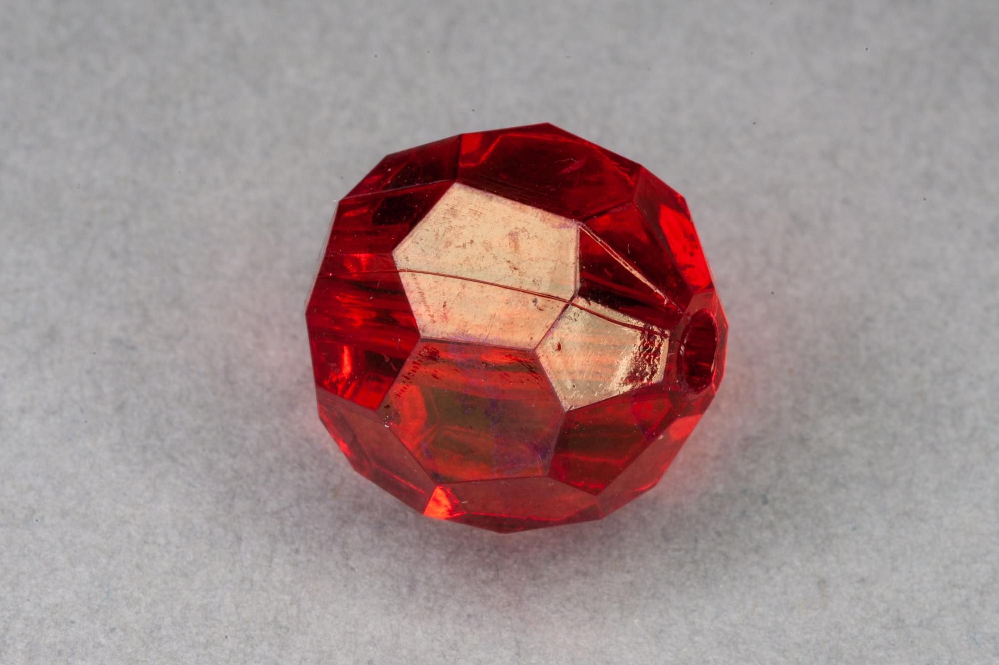 Red Faceted Transparent Acrylic Bead, 1.5mm hole