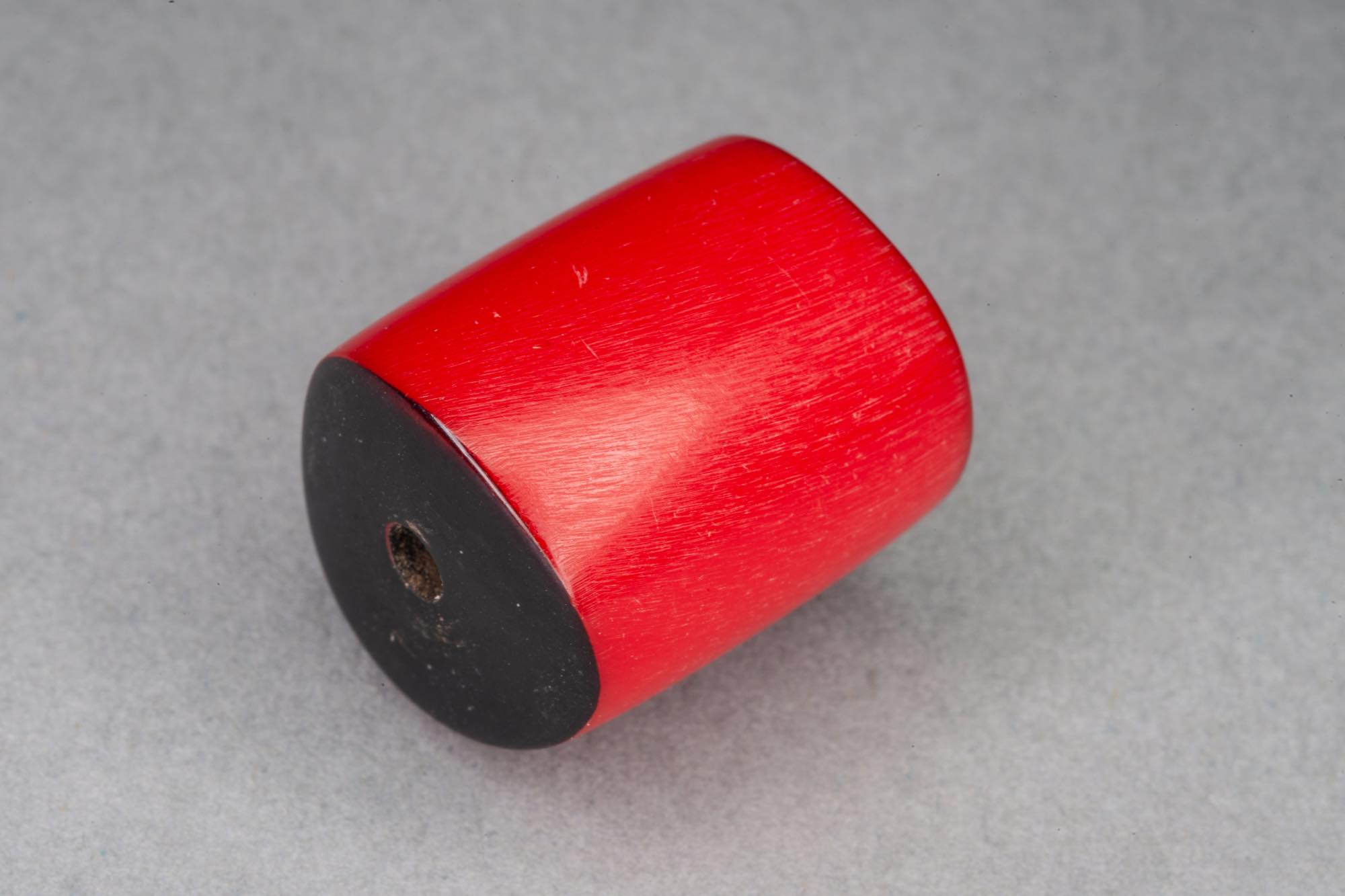 Red Barrel Resin Bead With Wavy Ends, 19x17mm, 2mm hole