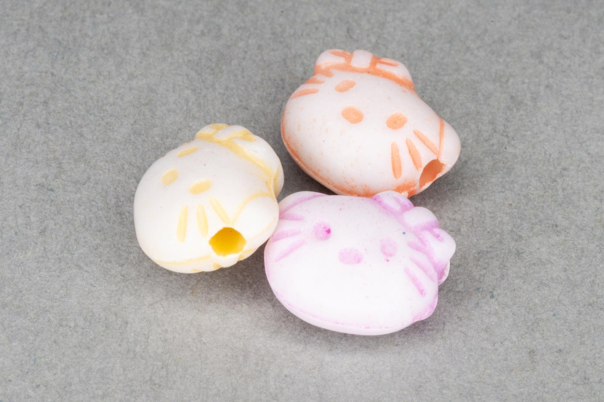 Mixed Acrylic Cat Beads, 10x8x4mm, 1mm hole