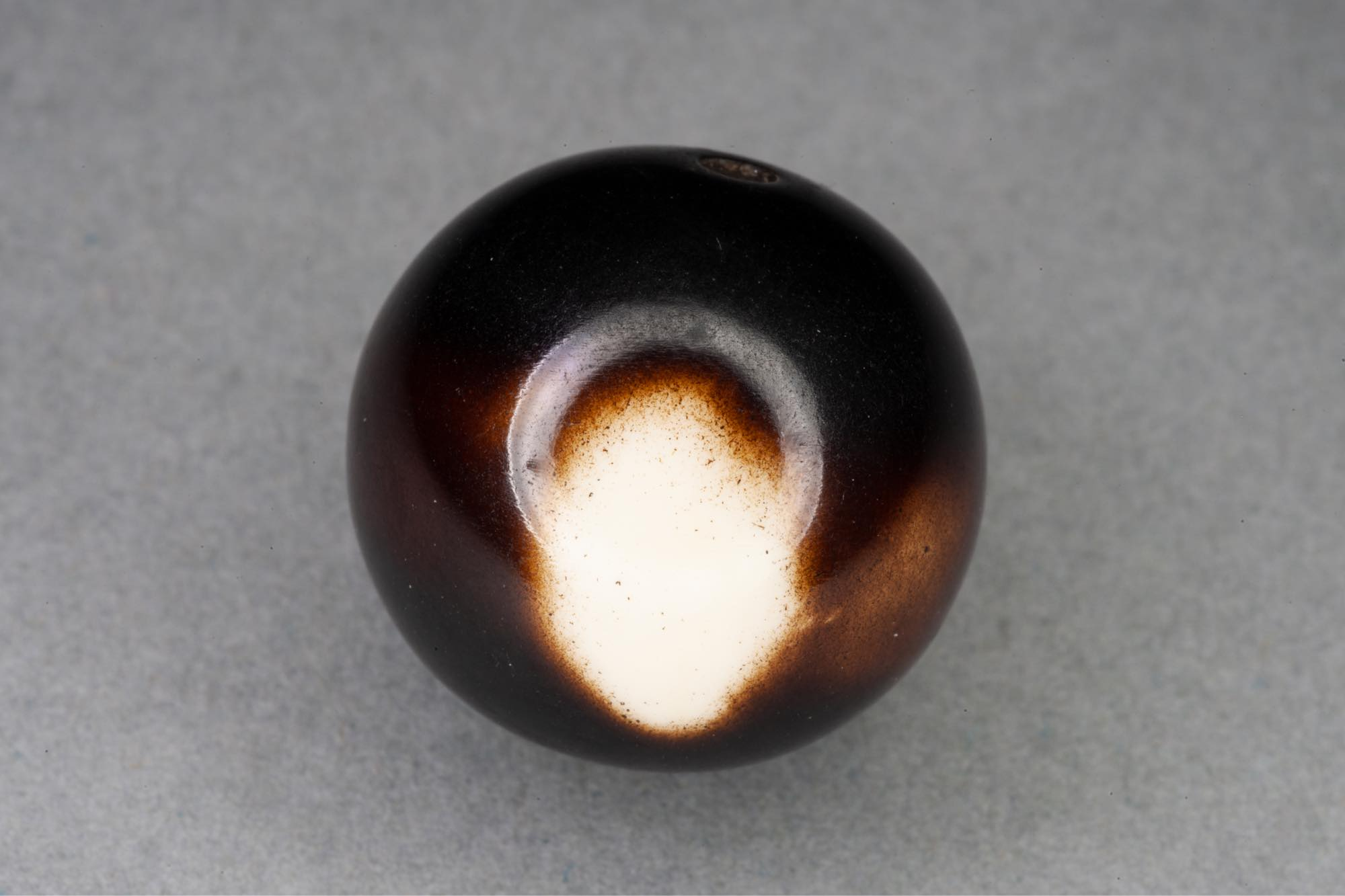 Ivory Spot 19mm Round Resin Bead 2mm hole