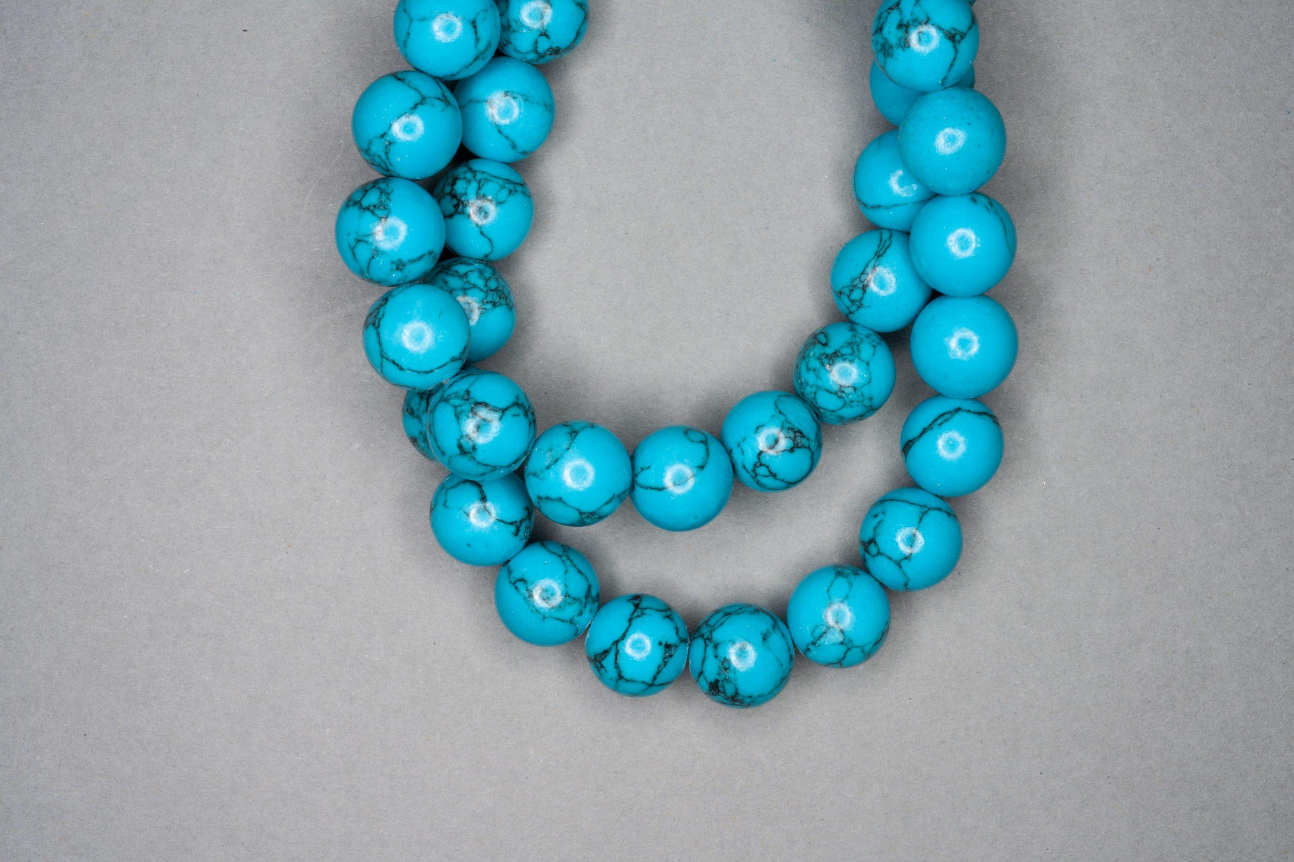 Chalk Turquoise 38cm Strand, Blue 10mm Round