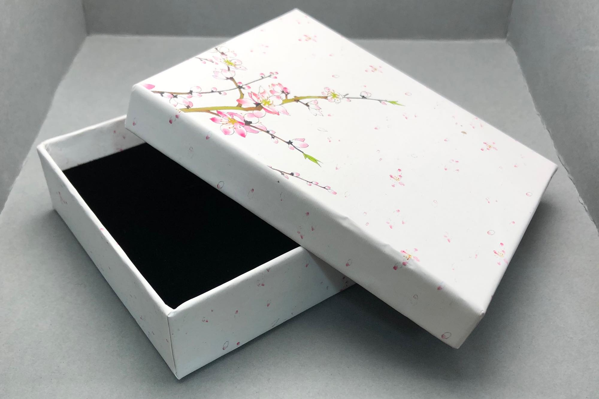 Medium/Large Gift Box / 12x10x3cm