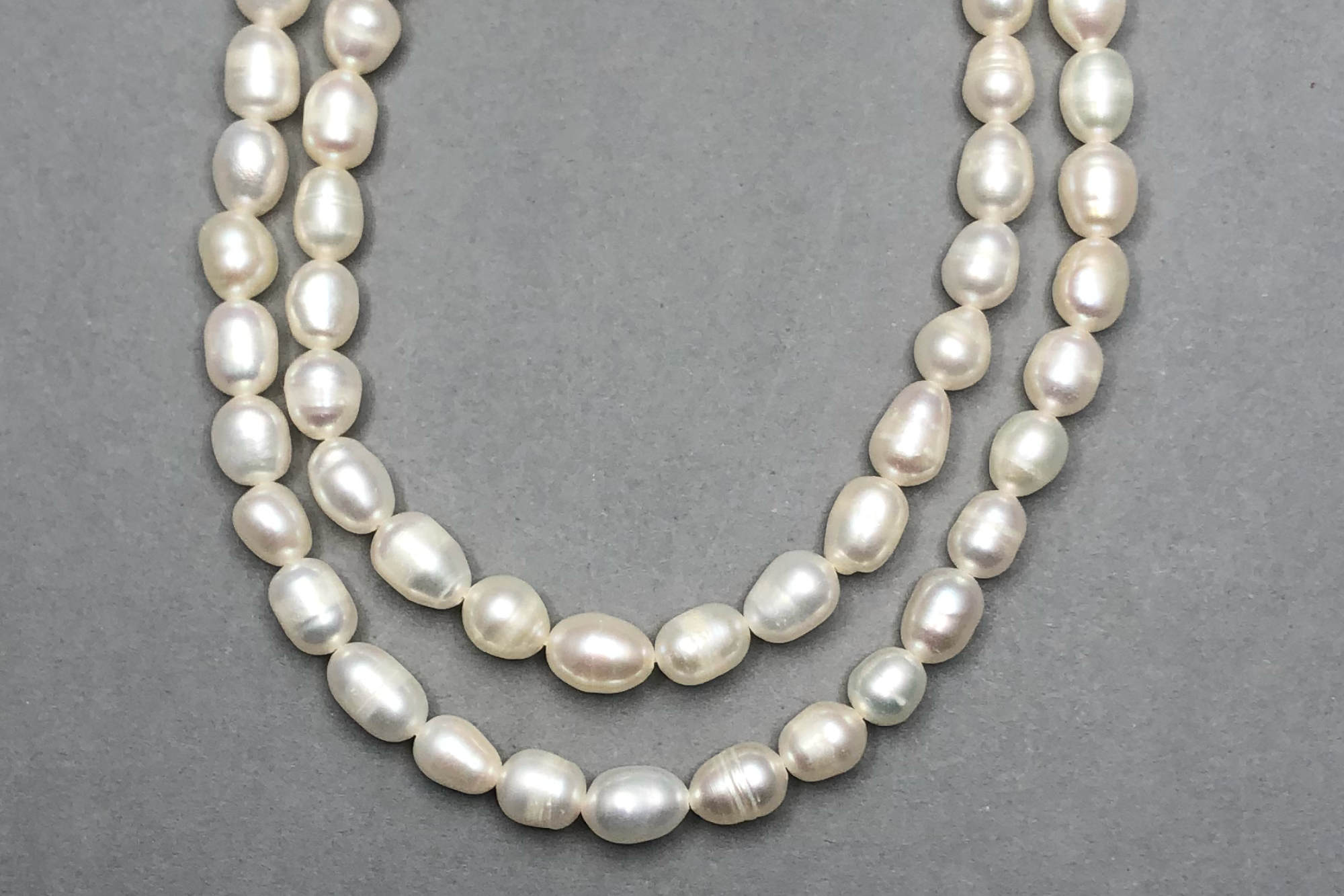 Natural Ivory Fresh Water Pearls, approx 37cm Strand, Slight Pear Shape